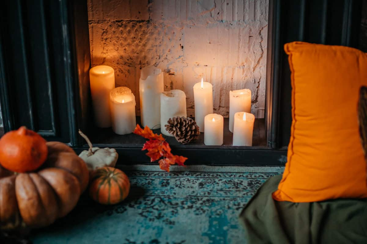 HalloweenCandleFireplace